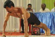 45 éves vegán sportoló állított be új Guinness fekvőtámasz rekordot